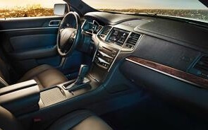 lincolnMKT_front